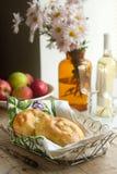 Vertuta、传统罗马尼亚语、摩尔达维亚人或者巴尔干蛋糕用酸奶干酪和莳萝 免版税库存图片
