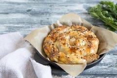 Vertuta, wypiekowy kulebiak, tradycyjny Rumuński, Mołdawski lub Bałkański, Ślimakowaty filo ciasta kulebiak zdjęcia royalty free