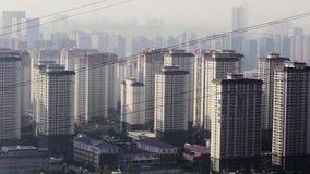 Verunreinigte chinesische Stadt morgens Geist Wohn stock footage