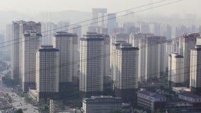 Verunreinigte chinesische Stadt morgens stock video footage