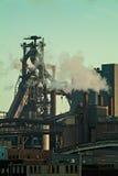 Verunreinigung einer Fabrik; Retro- angeredetes Bild lizenzfreies stockbild