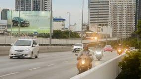 Vervoer in de elektrische trein van Bangkok (BTS-stadslijn stock footage