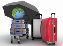 Vervoer van aarde en koffers op vracht lichte kar onder paraplu Royalty-vrije Stock Foto