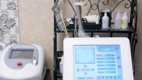 Verwaarloosbaar laserco2 Kosmetische procedure Innovatief kosmetisch apparaat Het filteren van schot 4K stock video