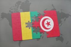verwirren Sie mit der Staatsflagge der Guine und des Tunesiens auf einer Weltkarte vektor abbildung