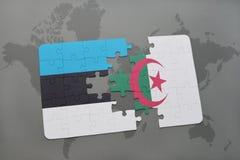 verwirren Sie mit der Staatsflagge von Estland und von Algerien auf einer Weltkarte Stockfoto