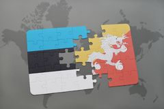 verwirren Sie mit der Staatsflagge von Estland und von Bhutan auf einer Weltkarte Lizenzfreies Stockfoto