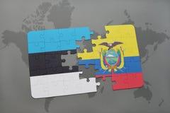 verwirren Sie mit der Staatsflagge von Estland und von Ecuador auf einer Weltkarte Stockfotos