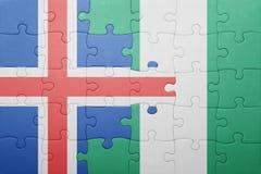 verwirren Sie mit der Staatsflagge von Island und von Nigeria Stockfoto