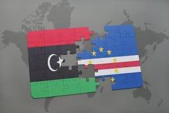 verwirren Sie mit der Staatsflagge von Libyen und von Kap-Verde auf einer Weltkarte Lizenzfreies Stockfoto