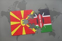 verwirren Sie mit der Staatsflagge von Macedonia und von Kenia auf einer Weltkarte Lizenzfreie Stockbilder