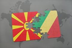 verwirren Sie mit der Staatsflagge von Macedonia und von Republik Kongo auf einer Weltkarte Stockfoto