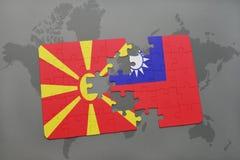 verwirren Sie mit der Staatsflagge von Macedonia und von Taiwan auf einer Weltkarte Stockbild
