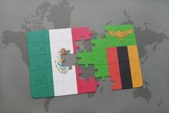 verwirren Sie mit der Staatsflagge von Mexiko und von Sambia auf einem Weltkartehintergrund Lizenzfreie Stockfotos