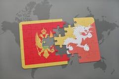 verwirren Sie mit der Staatsflagge von Montenegro und von Bhutan auf einer Weltkarte Stockfotos