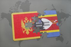 verwirren Sie mit der Staatsflagge von Montenegro und von Swasiland auf einer Weltkarte Lizenzfreies Stockfoto