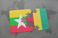 verwirren Sie mit der Staatsflagge von Myanmar und von Guine auf einer Weltkarte stock abbildung