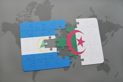 verwirren Sie mit der Staatsflagge von Nicaragua und von Algerien auf einer Weltkarte Stockfotos