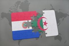 verwirren Sie mit der Staatsflagge von Paraguay und von Algerien auf einer Weltkarte Stockfotografie