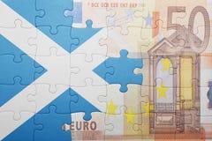 Verwirren Sie mit der Staatsflagge von Schottland und von Eurobanknote Lizenzfreie Stockfotografie