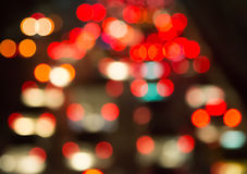 Verwischen Sie bokeh des Staus in der Stadt nachts Lizenzfreie Stockfotografie