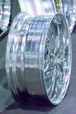 Verwischen Sie Magnesiumleichtmetallrad- oder -mag-Rad oder maximale Räder des Autos Stockfotografie