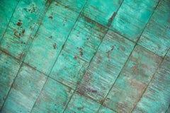 Verwitterte, oxidierte kupferne Wandstruktur Lizenzfreie Stockbilder