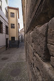 Very narrow passage near to river Darro Stock Photo