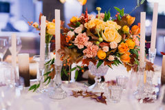 A very nicely decorated wedding table Royalty Free Stock Image