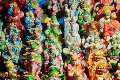 Verzierte Gottstatue in einem Geschäft stockbild