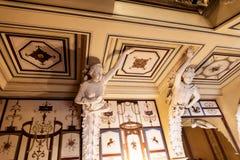 Verzierte Prunktreppe am Achilleions-Palast auf der Insel von Korfu Griechenland errichtet von der Kaiserin Elizabeth von Österre Stockbilder