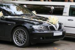 Verzierte wedding Autos Lizenzfreie Stockbilder