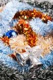 Verzierte Weihnachtsgirlande mit Handbell Lizenzfreie Stockfotografie