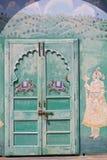 Verzierter indischer Eingang und Einfassungen Stockfotografie