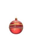 Verzierter roter Weihnachtsball Stockfotos