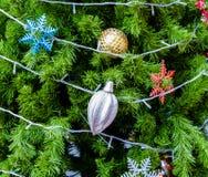 Verzierter Weihnachtsbaum Lizenzfreies Stockfoto