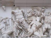 Verzierung im Pergamon-Altar Stockbilder