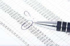 Verzoening van financiële gegevens royalty-vrije stock fotografie