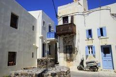 Vespa en la calle de la isla de Nisyros Fotografía de archivo libre de regalías