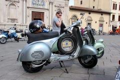 Vespa Piaggio, ралли Vespa в Флоренсе Стоковые Изображения RF