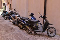 Vespas on line Stock Photos