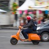 Vespasparkcykel i Europa Royaltyfria Foton