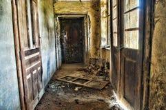 Vestíbulo abandonado en HDR Imágenes de archivo libres de regalías