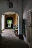 Vestíbulo al aire libre rústico Imagen de archivo libre de regalías