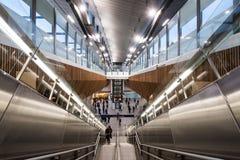 Vestíbulo dos interiores na estação da ponte de Londres, Londres imagem de stock
