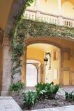 Vestíbulo espanhol da casa de campo Fotografia de Stock Royalty Free