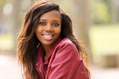 Veste en cuir de femme africaine Images stock