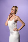 Vestido blanco largo imagen de archivo