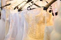 Vestido branco do casamento com um espartilho Imagem de Stock Royalty Free