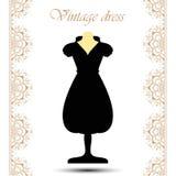 Vestido curto preto do vintage no manequim com linha beiras do laço para o ícone Fotografia de Stock